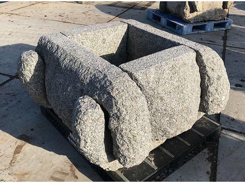 Brunnen-Einschließungs-Stein Izutsu