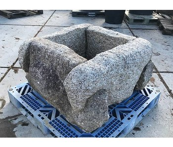 Puits clôture pierre Izutsu