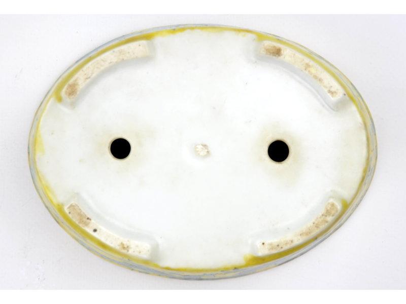 Ovaler handbemalter Topf mit gelber Glasur - 150 x 112 x 40 mm