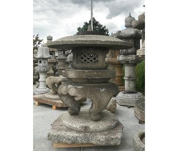 Farol japonés de piedra Maru Yukimi Gata 140 cm