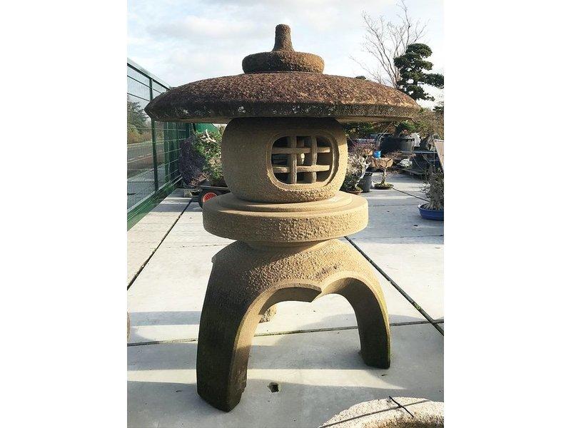 Japanse stenen lantaarn Kodai Maru Yukimi Gata 170 cm