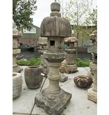 Japanse stenen lantaarn Nuresagi Gata 240 cm