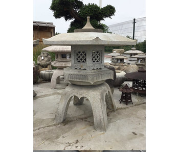 Lanterna giapponese in pietra Kaku Yukimi Gata 118 cm
