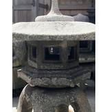 Japanse stenen lantaarn Rokkaku Yukimi Gata 80 cm