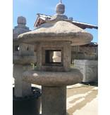 Japanse stenen lantaarn Mizubotaru Gata 111 cm