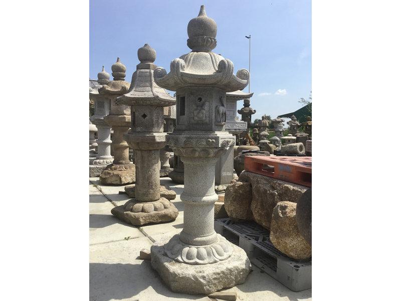 Japanse stenen lantaarn Kasuga Gata 192 cm