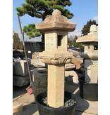 Japanse Stenen Lantaarn Rokkaku Gata 6 135 cm