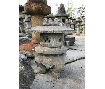 Farol japonés de piedra Maru Yukimi Gata 73 cm