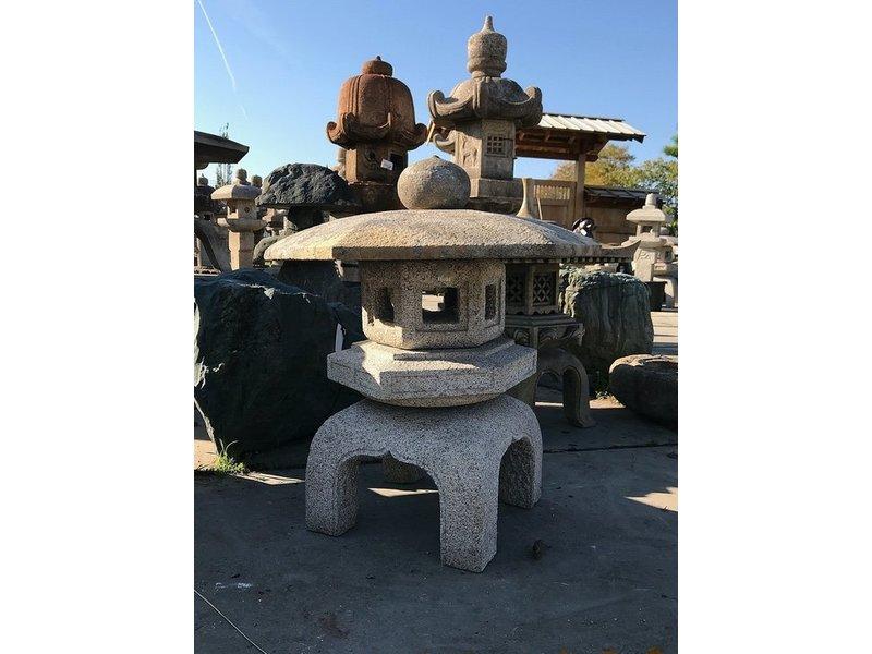 Japanse stenen lantaarn Kodai Yukimi Gata 86 cm