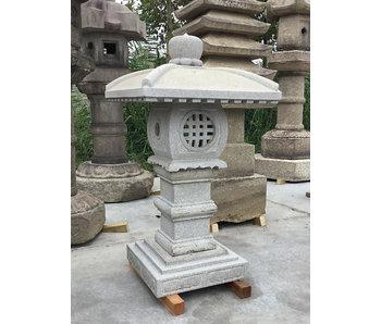 Japanische Steinlaterne Tenka Chaya Gata 97 cm