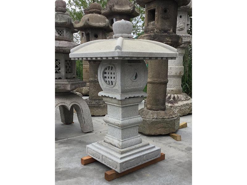 Japanse Stenen Lantaarn Tenka Chaya Gata 97 cm