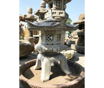 Japanese Stone Lantern Kaku Yukimi Gata 93 cm