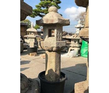 Japanische Steinlaterne Rokkaku Gata 8 135 cm