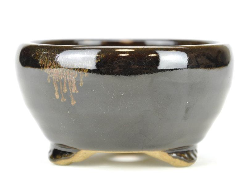 Round black bonsai pot by Terahata Satomi Mazan - 121 x 121 x 68 mm
