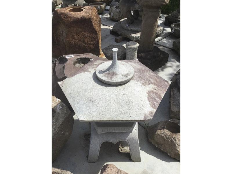 Japanese Stone Lantern Kaku Yukimi Gata Ishidōrō 107 cm