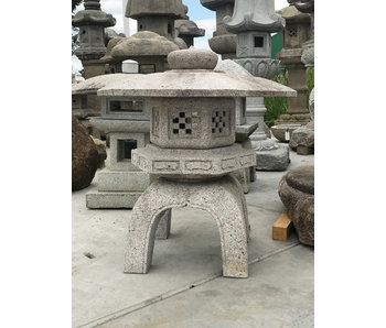 Japanse Stenen Lantaarn Kodai Yukimi Gata Ishidōrō 85 cm