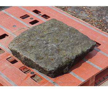 Japanese Stepping Stone Yase Makkuro Stepping Stone 12 cm