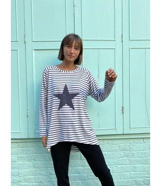 Chalk Robyn Stripe top with Giant Star