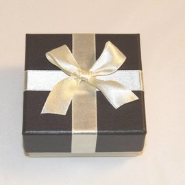Ring case Bow
