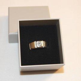 Ring case bioplastic