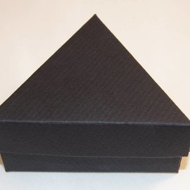 Present case triangle small size