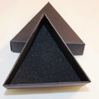 Present case triangle small size