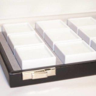 Etui mit 12 Glasdeckeldosen, halbe Größe