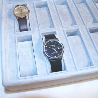 Stacking tray for 10 watches