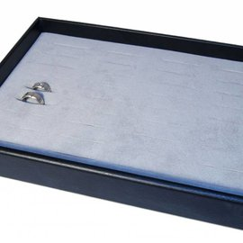 Presentation tray for rings