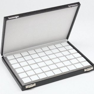 Case content 54 plastic boxes for gemstones