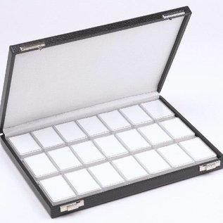 Etui mit 21 Kunststoffdosen für Edelsteine