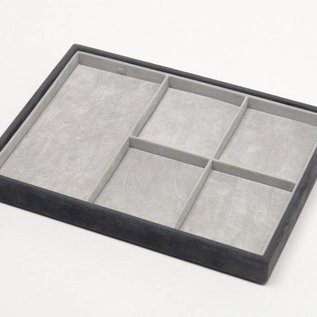 Stacking tray with 4 pads and 20 slots for rings