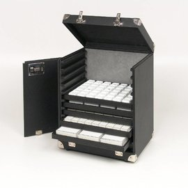 Sample case for 11 sliding trays
