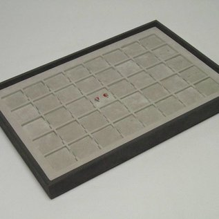 Stacking tray with 40 pads