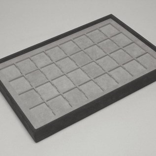 Stacking tray with 32 pads