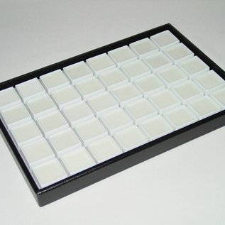 Stacking tray with 40 boxes