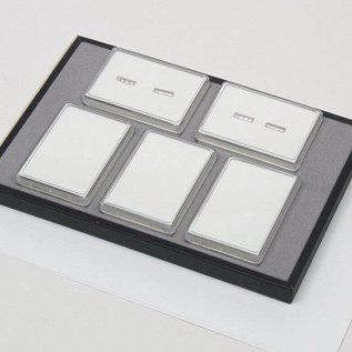 Sliding tray with 5 plastic boxes