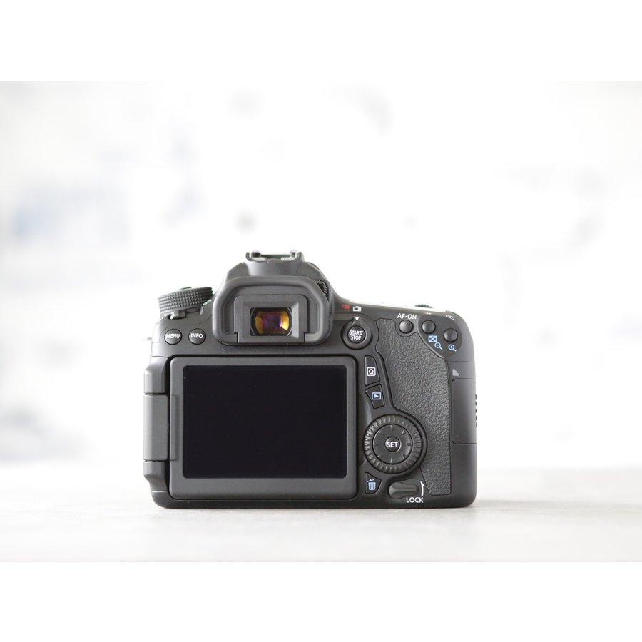 Canon EOS 70D-4