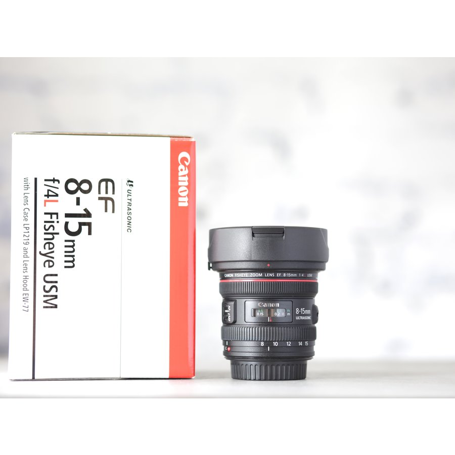 Canon EF 8-15mm f/4L Fisheye USM-1