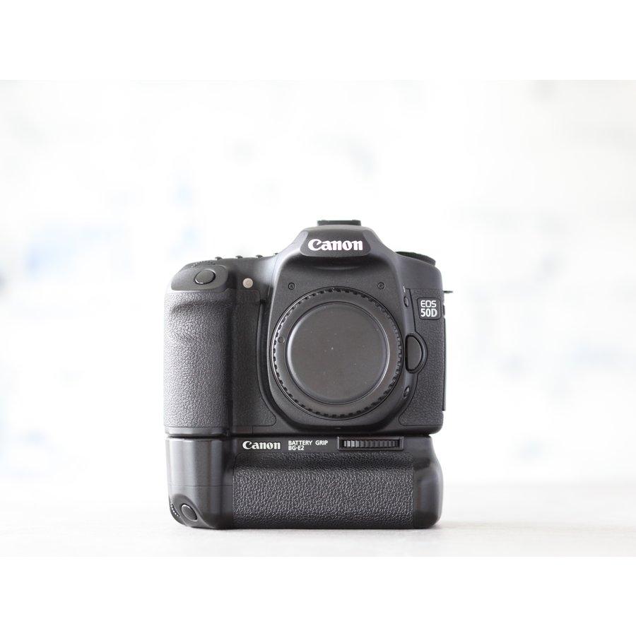 Canon EOS 50D + Canon BG-E2-2