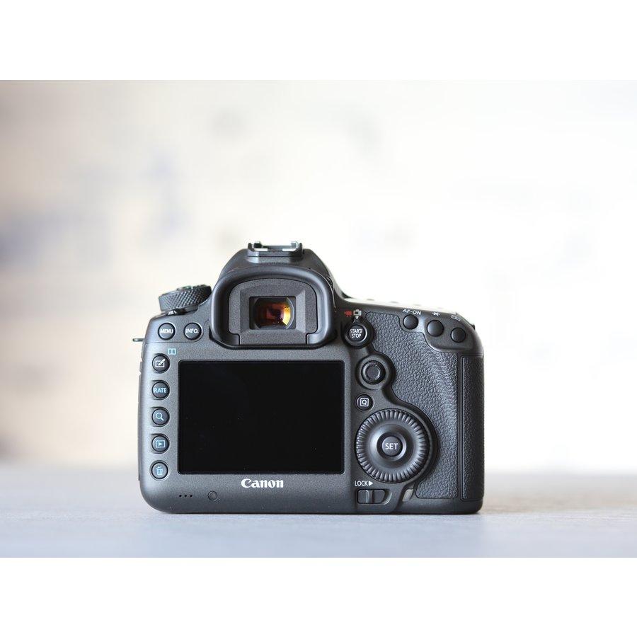 Canon EOS 5DS R-3
