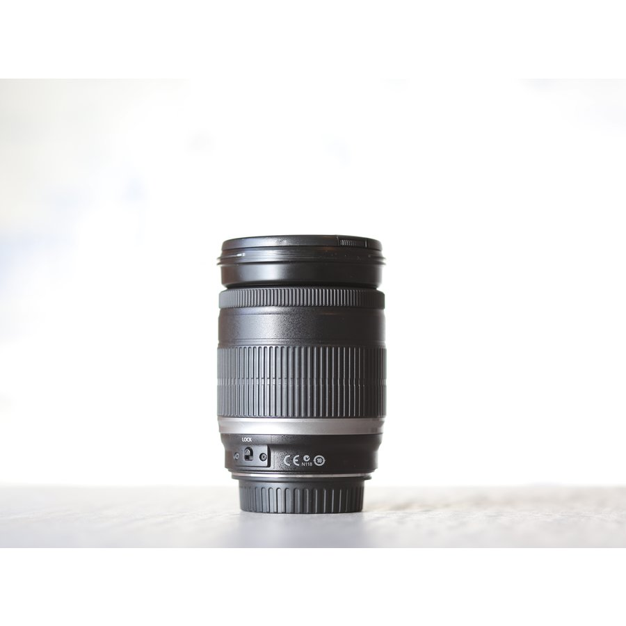 Canon EF-S 18-200mm f/3.5-5.6 IS-2