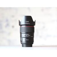 thumb-Canon EF 35mm f/1.4L II USM-2