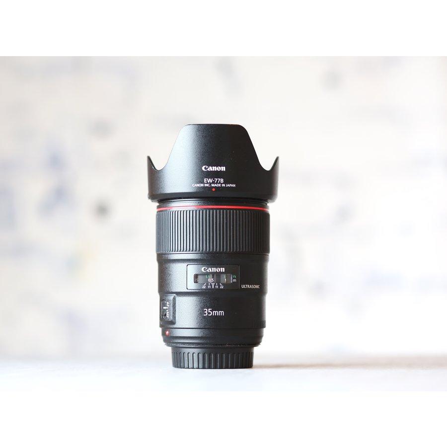 Canon EF 35mm f/1.4L II USM-2