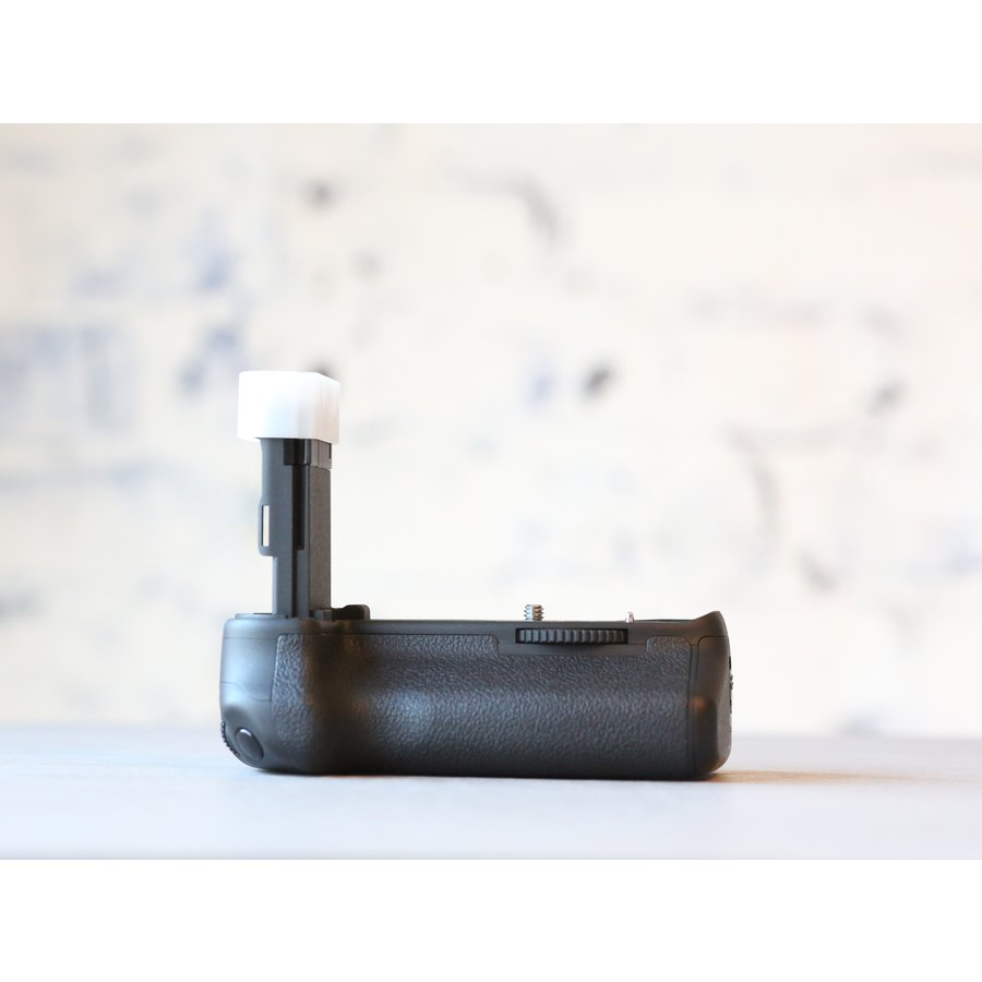 Canon BG-E13 Battery Grip-2