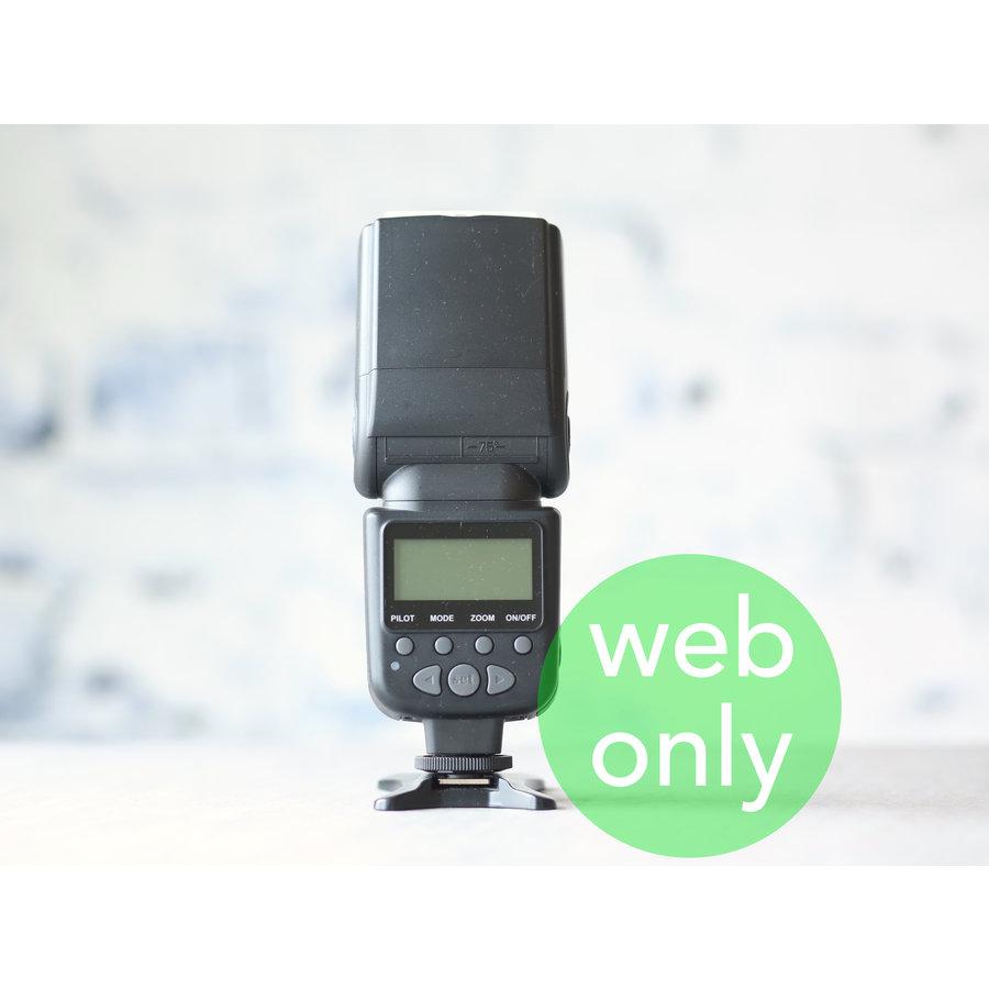 Meike MK950 (Canon)-1