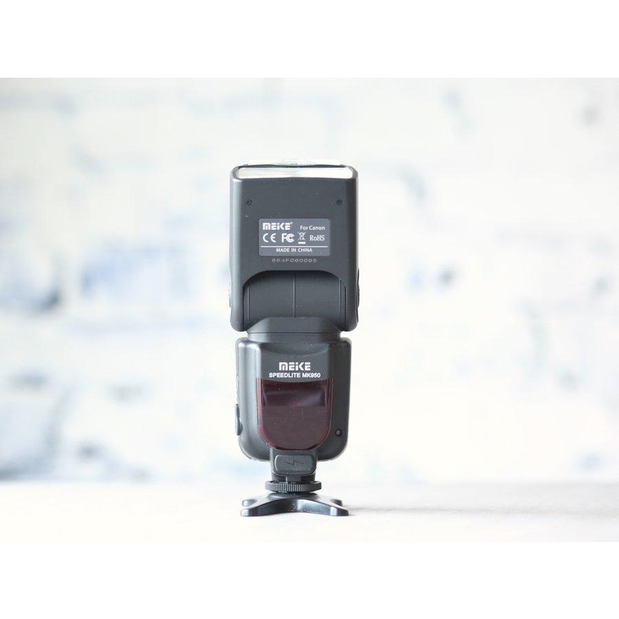 Meike MK950 (Canon)-2