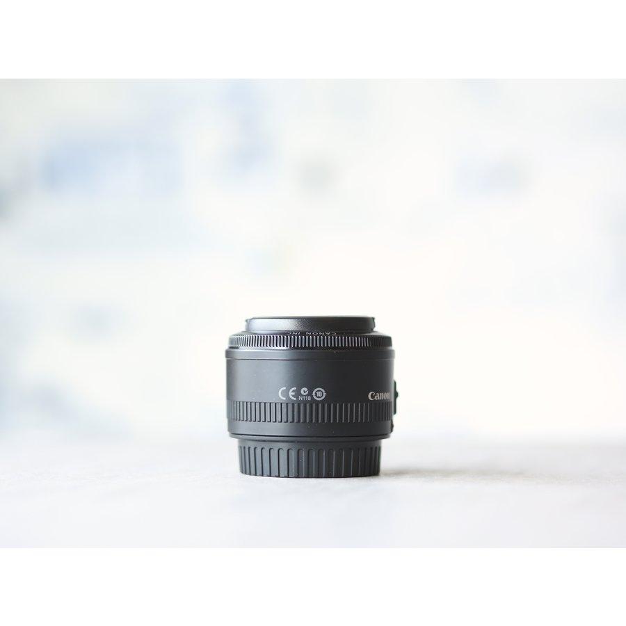 Canon EF 50mm f/1.8 II-2