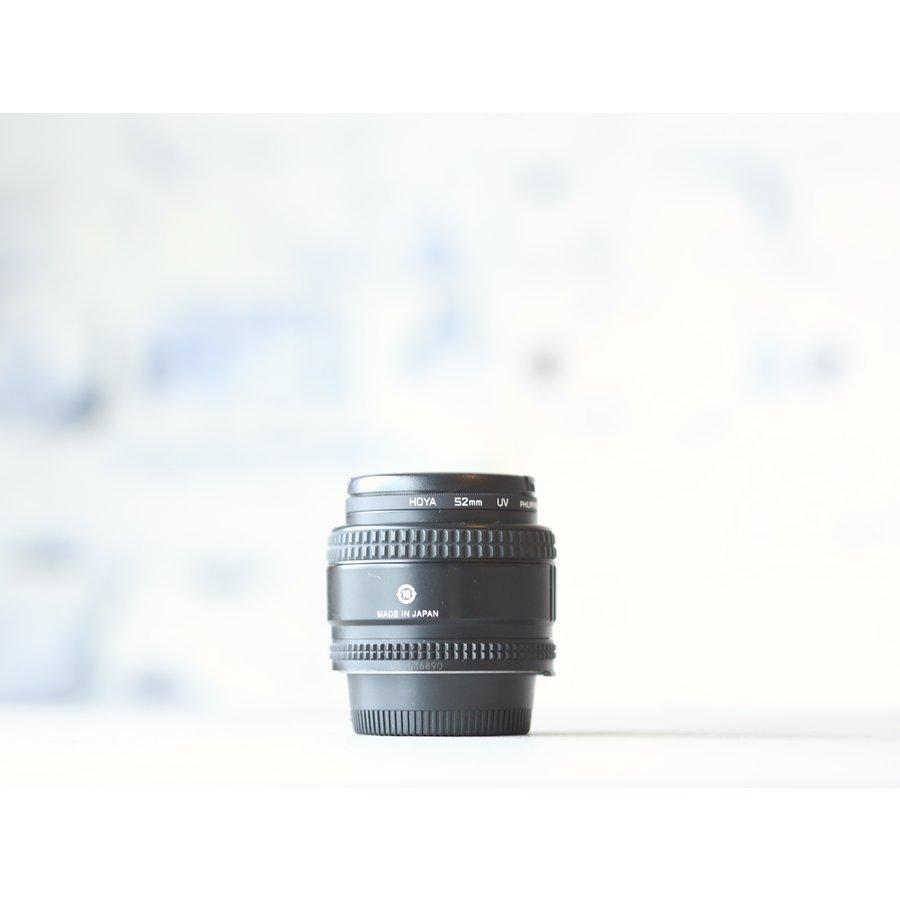 Nikon AF 35mm f/2 D-2