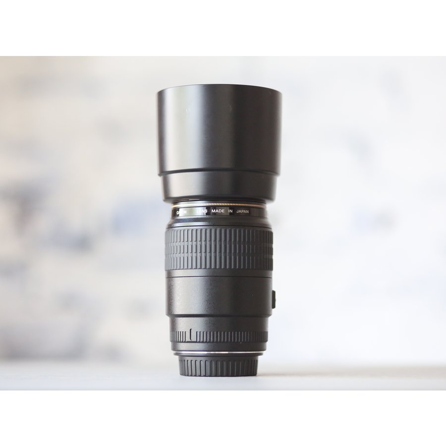 Canon EF 100mm f/2.8 Macro USM-3